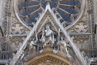 338px-Paris_-_Basilique_Sainte-Clotilde_-_003.jpg